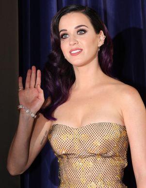Katy_Perry_-_Part_Of_Me_Australian_Premiere_-_June_2012_(9)